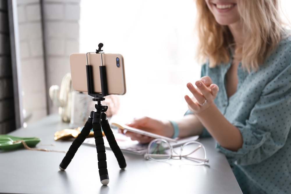 Crea y edita vídeos y contenido profesional con un la cámara de tu móvil 1