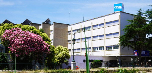 Escuela de negocios